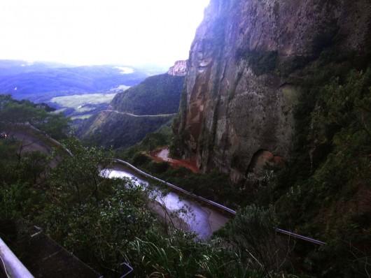 Rodovia interditada - Serra do Corvo Branco - Urubici - SC