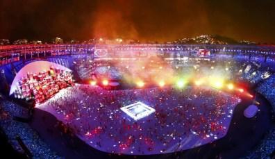 Estádio do Maracanã iluminado