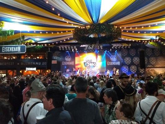 Oktoberfest é uma das festas de outubro de Santa Catarina