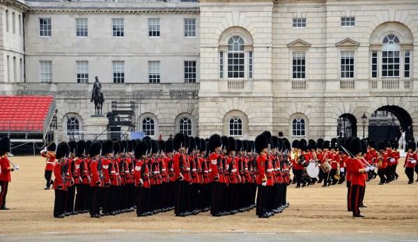 Palácio de Buckingham - passeios em londres