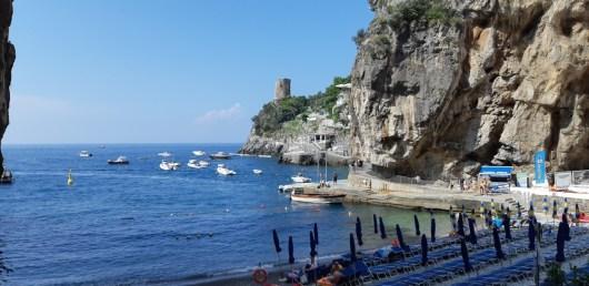 Praia de Praiano na Costa Amalfitana