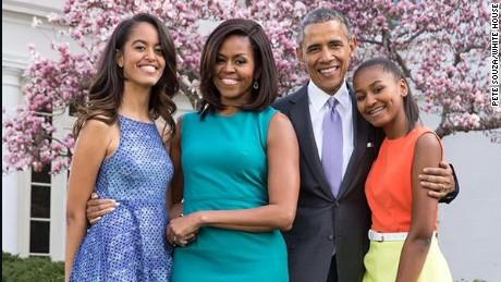 Todo lo que necesitas saber sobre criar a tus hijos resumido en 10 citas de Obama