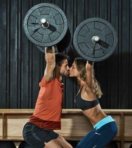 Rede de artigos esportivos convida casais para treino especial em comemoração ao Dia dos Namorados