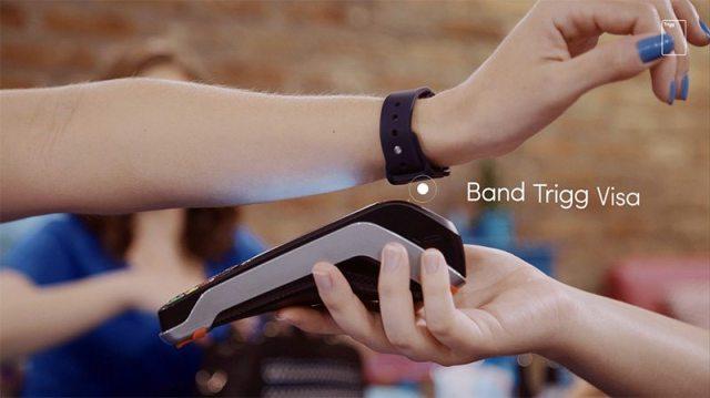 Trigg lança pulseira que funciona como cartão de crédito