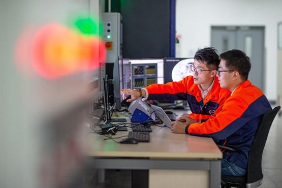 A Volvo Cars inaugura novo laboratório para desenvolvimento de motores elétricos