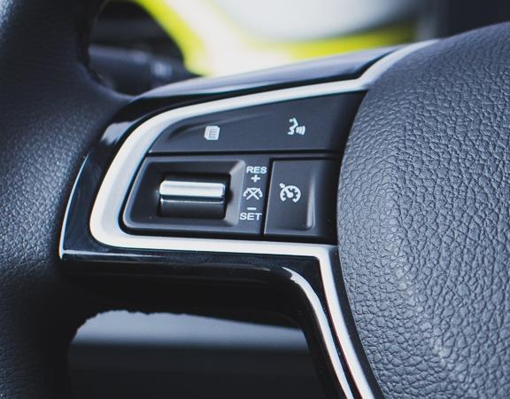 JAC Motors lança o e-JS1, o carro 100% elétrico compacto mais barato do mercado brasileiro. Conheça agora.