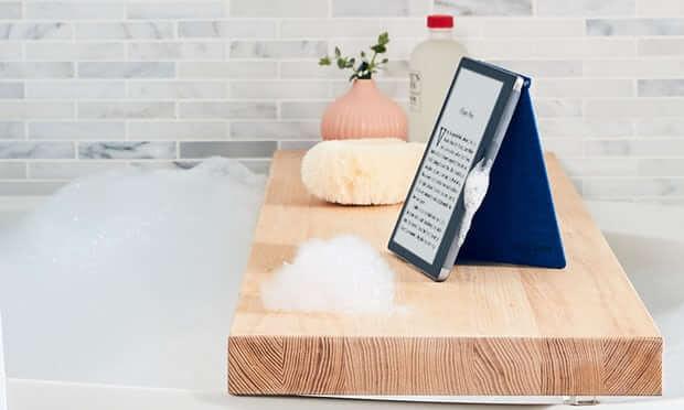 Kindle Oasis na banheira
