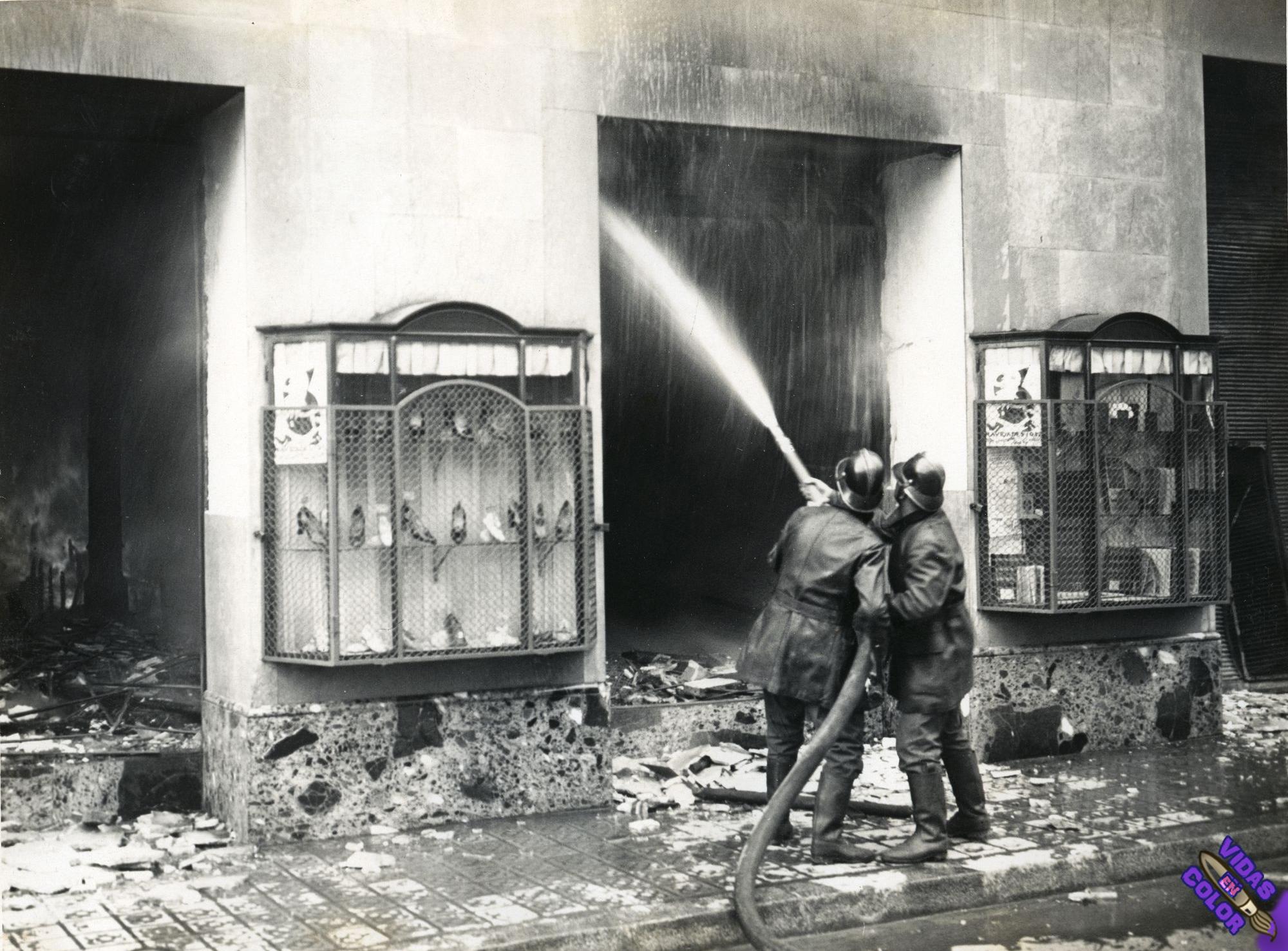 incendio_de_los_almacenes_el_siglo_barcelona_1932_byn