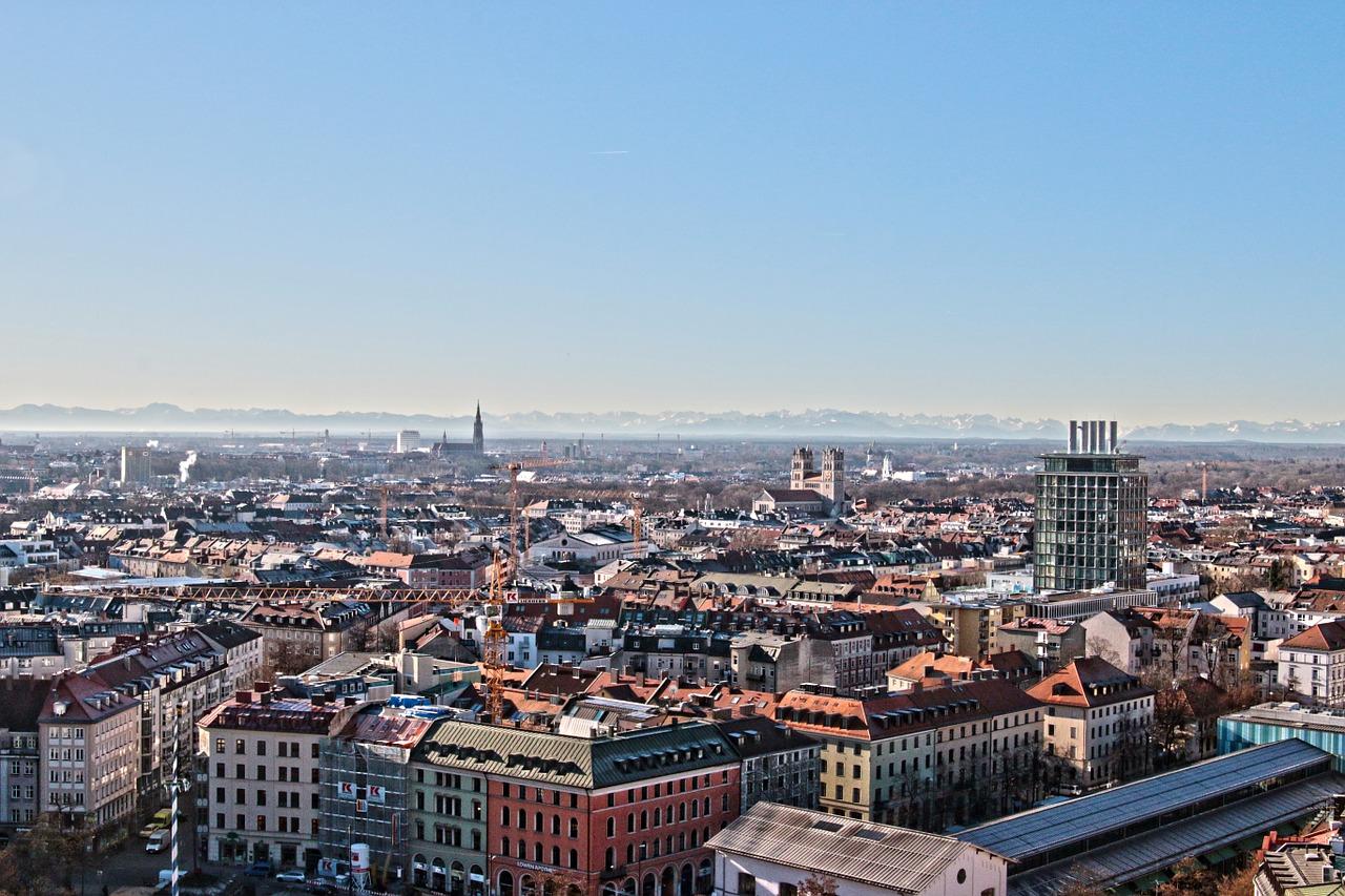 viste aerea de Munique. cidade ao longe