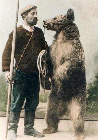 """Résultat de recherche d'images pour """"montreur d'ours"""""""