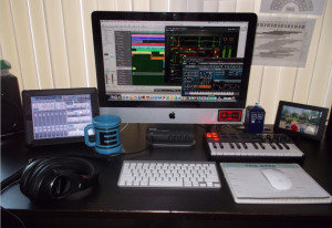 Beatscribe's Mac-based home setup.