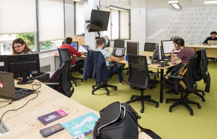 PS Games Camp de Bilbao en la sede de BEAZ
