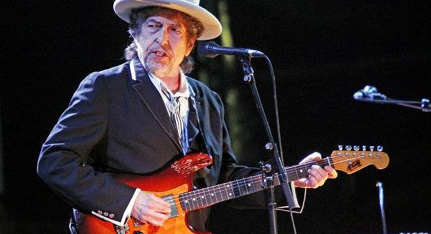 Bob Dylan Perform 'Lenny Bruce' for First Time in 11 Years