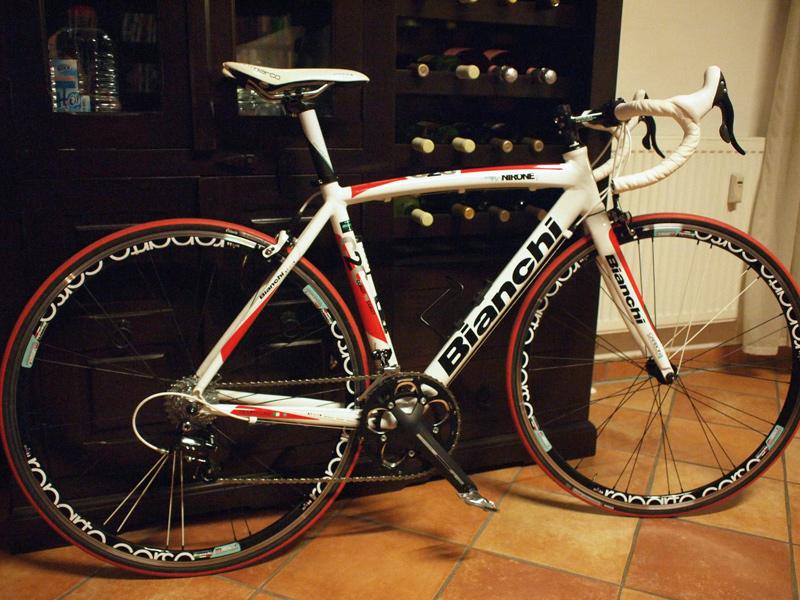 Videonauts Bianchi via Nirone 7 Rennrad