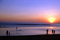 Videonauts Bali Kuta beach sunset backpacking