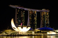 Videonauts Singapur bay at night backpacking