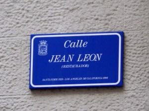 Calle Jean León