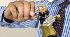 Como abrir una botella de Cava
