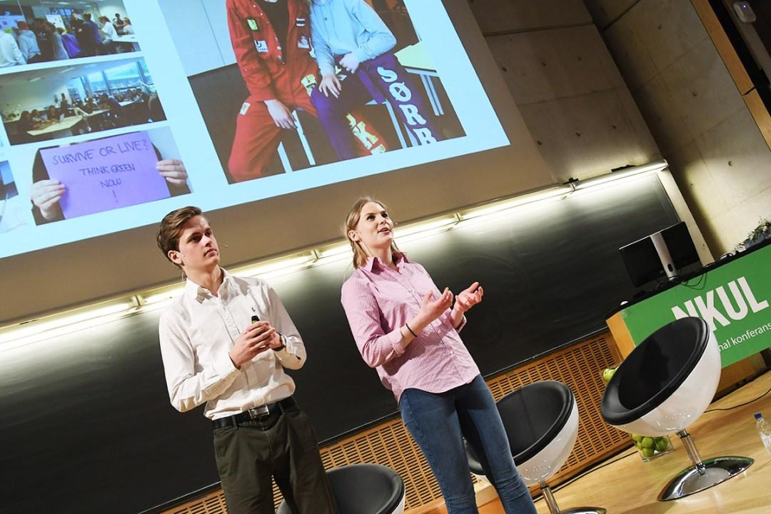 To elever ved Nordahl Grieg videregående skole på NKUL konferansen 2017