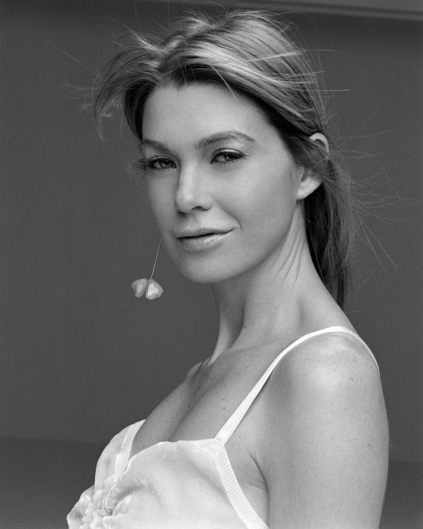 Ellen Pompeo – Photoshoot by Craig De Cristo