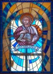 Fabricación de vidriera de plomo para iglesia
