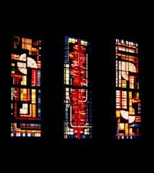 Fabricación y diseño de vidrieras religiosas