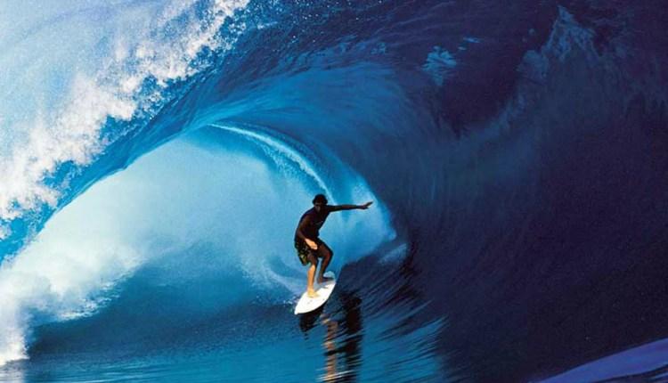 100 People Surf 1 Wave