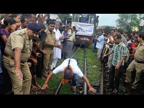 Bizarre Indian Stuntmen