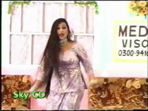 Pakistani Stage Dance Seenay La Ke