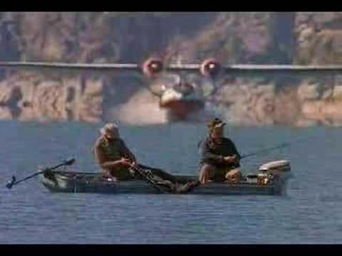 Plane Vs Boat Crazy Video