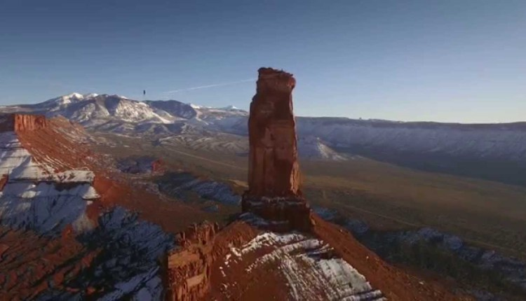This Superb Slacklining Stunt Will Leave Your Palms Sweating