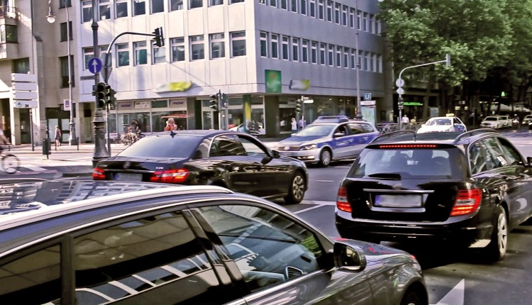 Germans Dont Need Traffic Lights