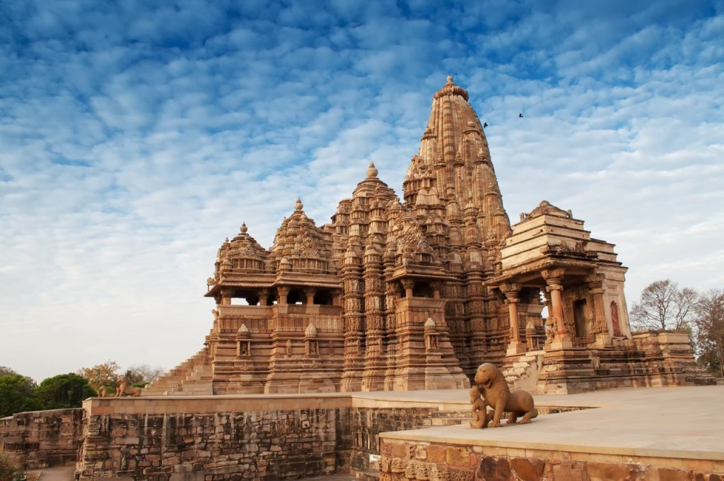 Kandariya Mahadeva Temple, Khajuraho, India.