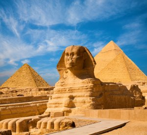 Pirámides de la esfinge de Egipto