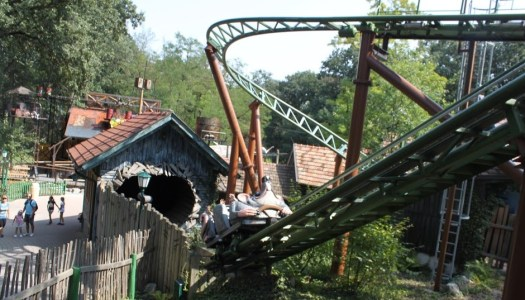 Thomas enjoys the rollercoaster in the Familypark