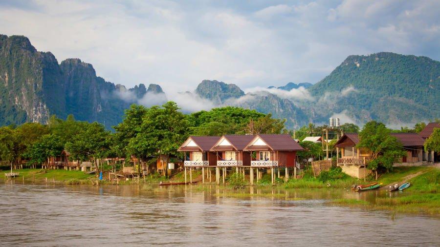 Thị trấn Vang Vieng