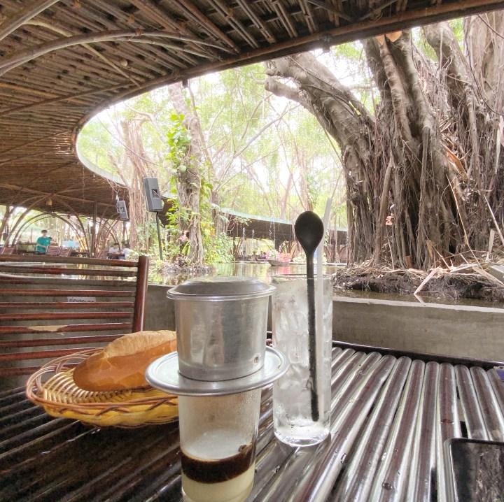 Cafe Gió và Nước