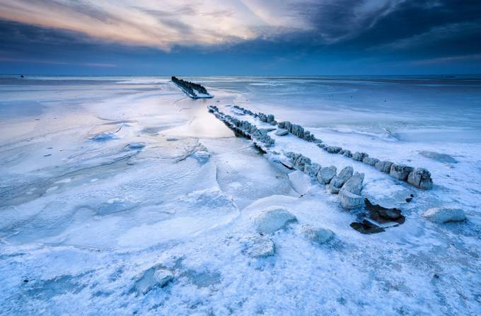 Frozen by OlhaRohulya - The Wonders of the World Photo Contest