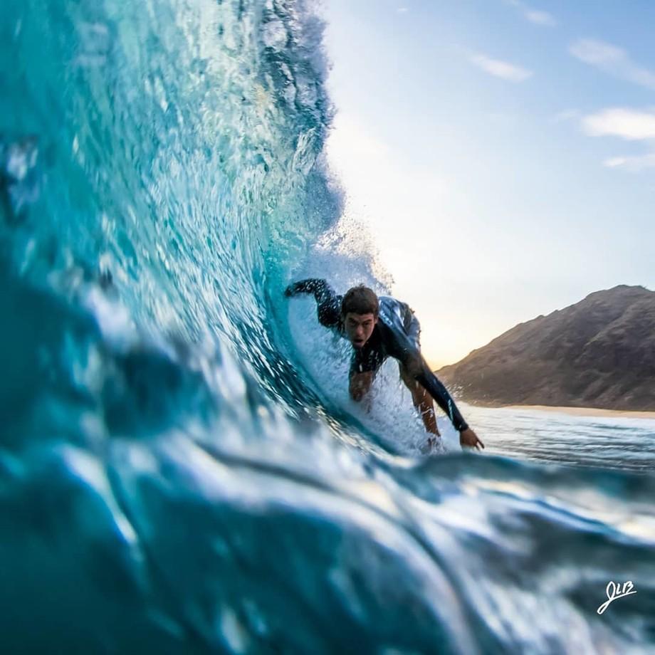 Sending it by Surfingsaru - The Blue Color Photo Contest 2018