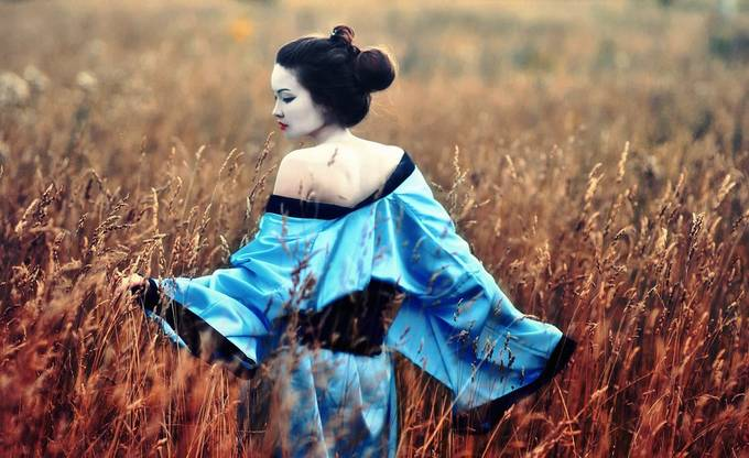 Geisha by WWWest - The Blue Color Photo Contest 2018