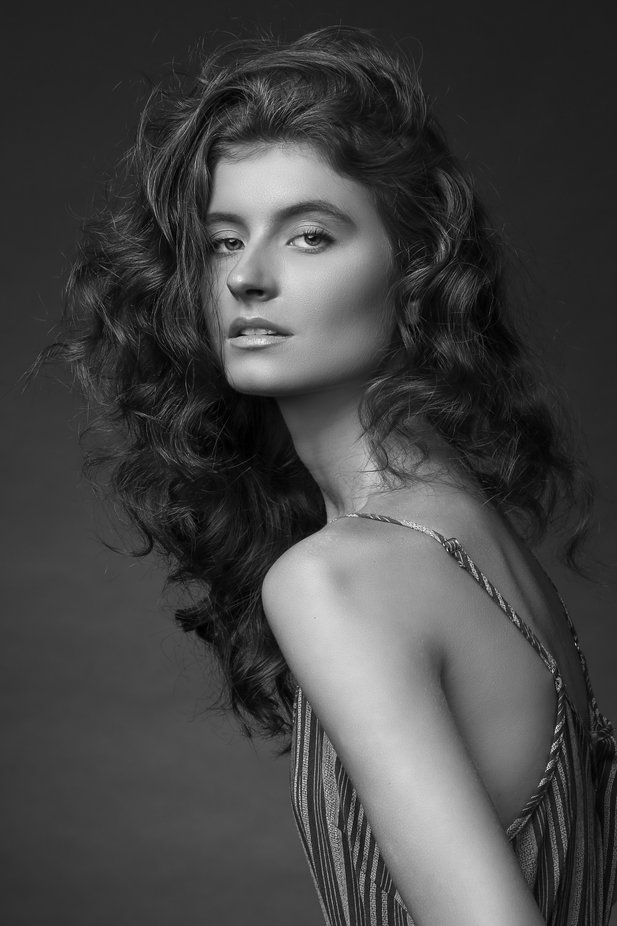Kylie by PaulHenryStudios - Image Of The Month Photo Contest Vol 37
