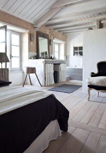 Μπάνιο και κρεβατοκάμαρα στον ίδιο χώρο (12 φωτογραφίες)