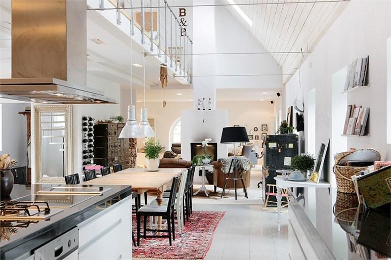 Ανοιχτή και φωτεινή βίλα στη Σουηδία