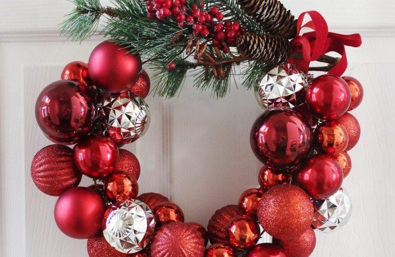 Κάντε μόνοι σας – εύκολα και οικονομικά – χριστουγεννιάτικο στεφάνι