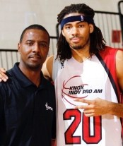Former Pacer Chris Copeland with Carlos Knox. [Photo by Defro]