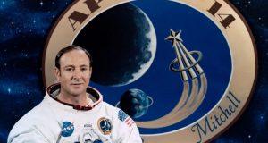 Edgar Mitchell em foto oficial da Missão Apollo
