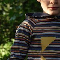 Couture pour garçons - le t-shirt à capuche