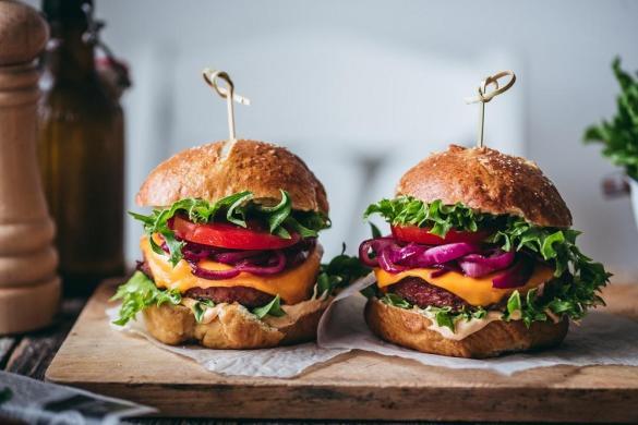 Vegaaninen burgeri