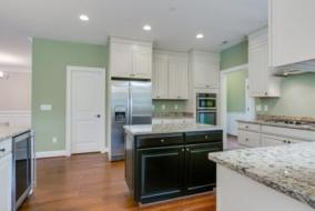 2306-Meadow-Trail-Ln-27-kitchen-comp2.jpg?fit=448%2C299&ssl=1