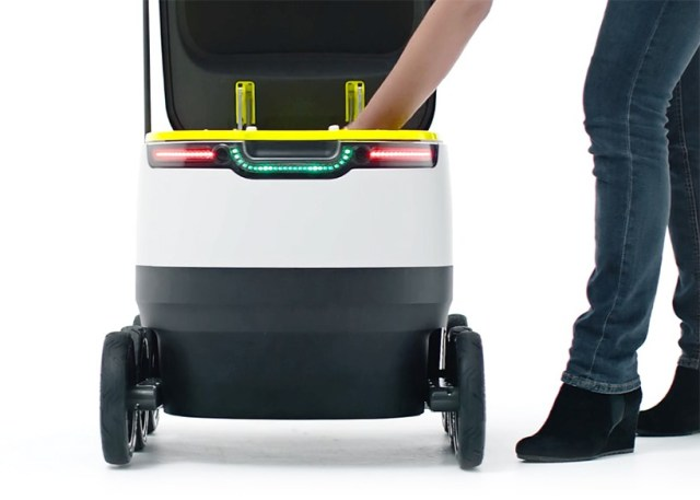 starship-technologies-delivery-robot-designboom-01-818x584